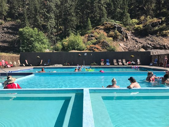 Paradise, MT: Natural Mineral Water Hot Springs