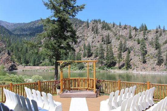 Get married in Paradise Montana on the deck of Quinn's Paradise Hall Event Center