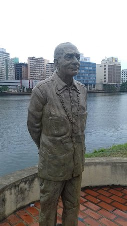 Ariano Suassuna Monument