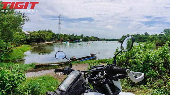 Tigit Motorbikes - Guided Day Tours