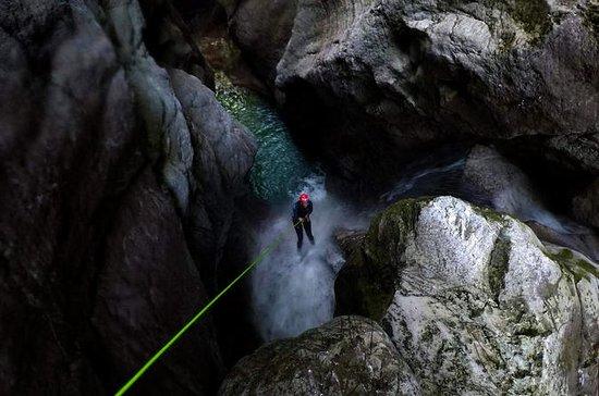 Extreme Canyoning Trip i Bovec...