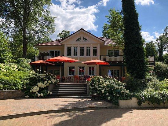 Himmelpfort, Γερμανία: Sonnenterrasse des Restaurant Michaelis