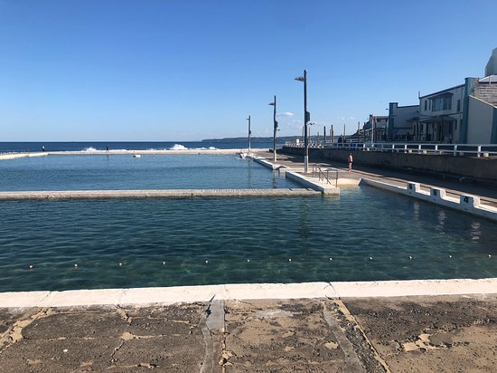 ‪Newcastle Ocean Baths‬