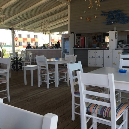 Roulis Beach Bar Picture