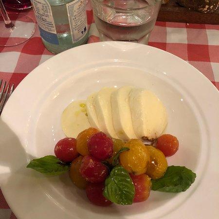 Hotel Bien y Restaurante Italiano perfecto