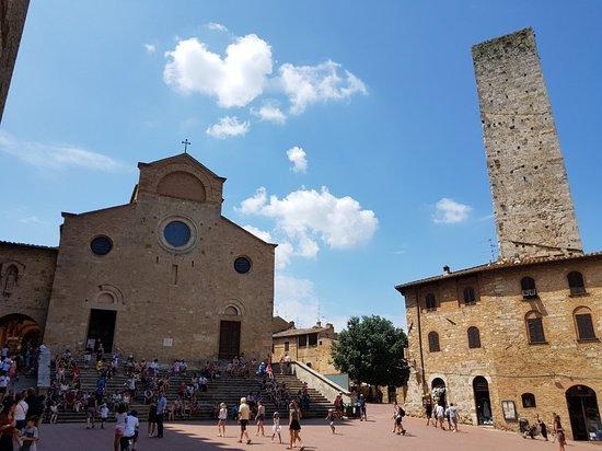 Castel San Gimignano, Olaszország: 20180725_141025_large.jpg