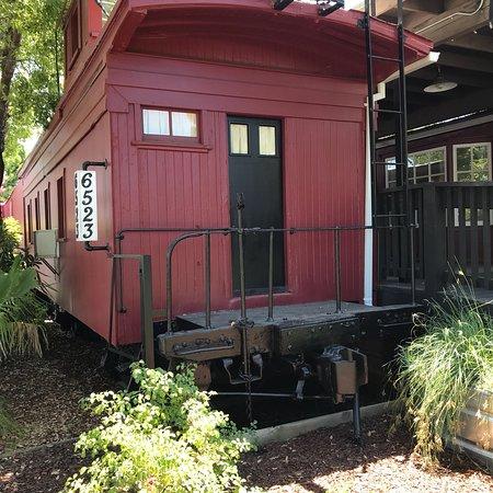 Napa Valley Railway Inn: photo6.jpg