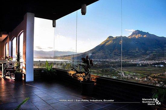 San Pablo Del Lago, Ecuador: Vista desde nuestra cafeteria