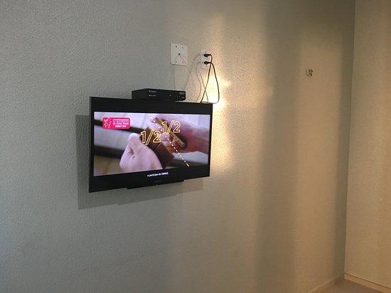 Taua: TV com vários canais