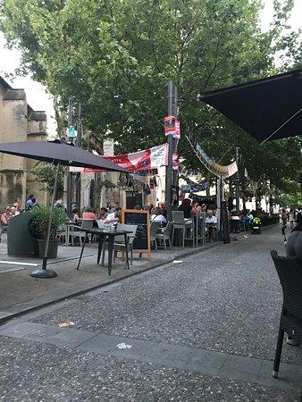 Les tables de la fontaine avignon restaurant avis num ro de t l phone photos tripadvisor - Les tables de la fontaine ...