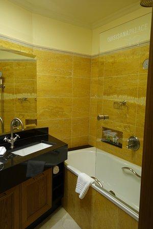 Quisisana Palace : Bathroom with Bvlgari toiletries