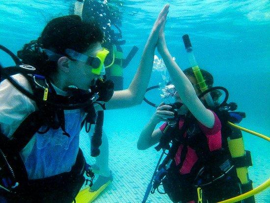 Bulphan, UK: PADI Seal Team Fun for kids age 8yrs Plus