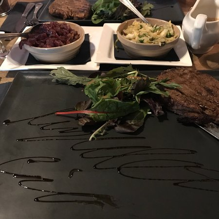 Myddelton Grill On The Square: photo0.jpg