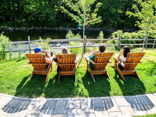 Bridgewater Corners, VT: Deluxe riverside seating area.
