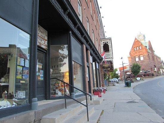 Almonte Village: quaint downtown boutiques