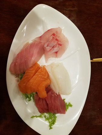 North Billerica, MA: The rest of the first round of sashimi