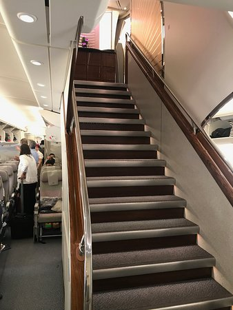 Airbus A380 Stairs Up To First Class Bild Von Emirates Tripadvisor