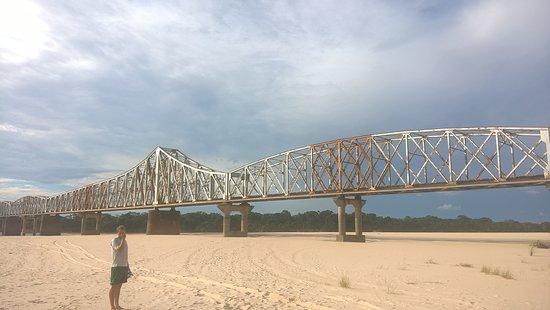 Cacequi: uma das maiores pontes ferreas da america latina.