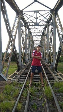 Cacequi: visao da entrada da ponte ferrea.