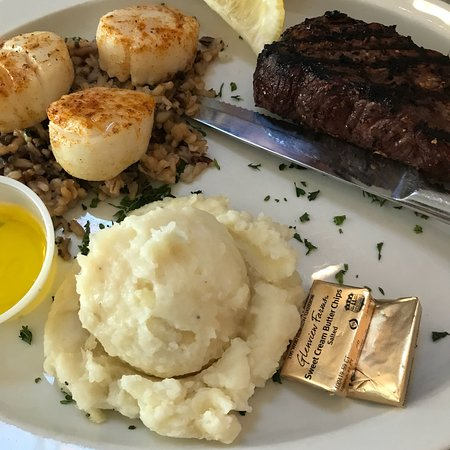 SteVelly's Steak and Seafood