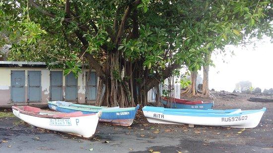 Saint-Joseph, Reunion Island: Barques de pêcheurs
