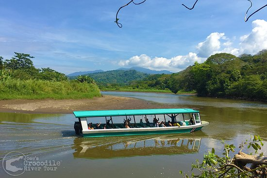 Our safe and comfortable river boats on the Tarcoles River!