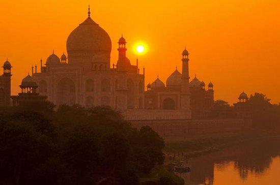 Começo 2 am Sunrise at Tajmahal De...