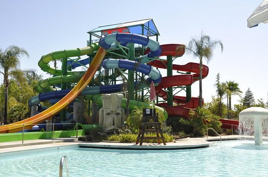Six Flags Hurricane Harbor Admission Tickets