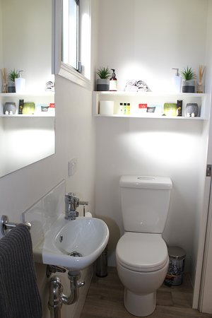 Dunkeld, Austrália: Salty Cabin- Bathroom