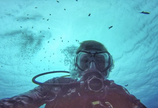 Euro Divers Kandooma: Clear waters!