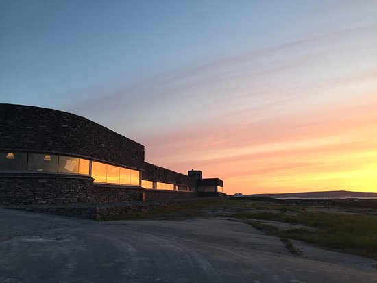Inis Meain Restaurant & Suites Photo