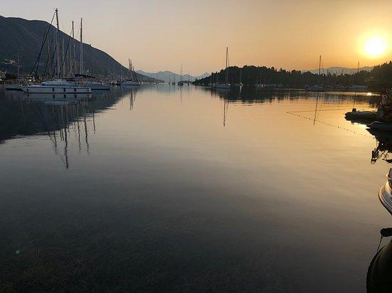 Sunrise, all is still