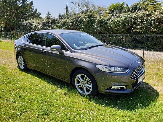 Muret, Γαλλία: Ford Mondeo siège en cuir