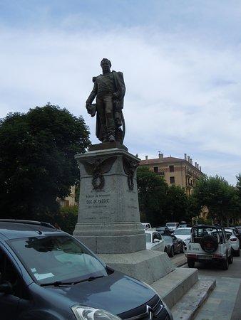 Monument au Duc de Paddoue