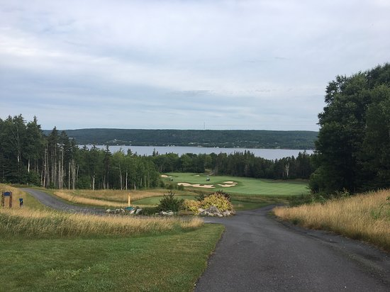 Ben Eoin, Canada: Great hole, great view.