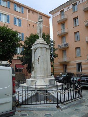 Monument aux morts de Corte