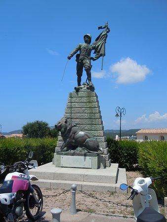 Monument aux Morts de Bonifacio