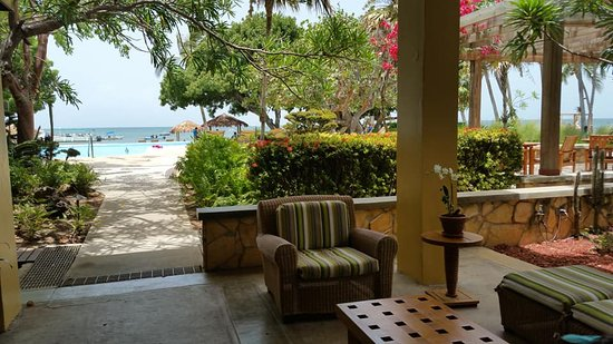 Copamarina Beach Resort & Spa: The beautiful spaces and the ocean view!
