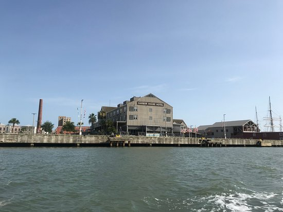 Olympia the Grill at Pier 21: View of restaurant from the water