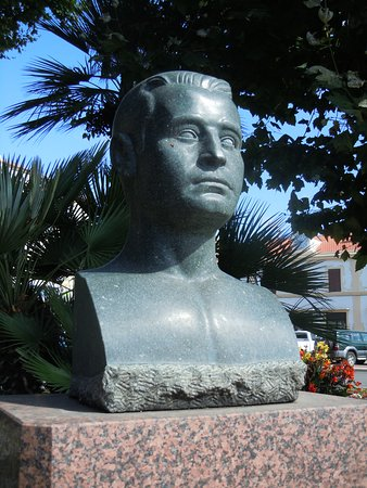 Buste de Pierre Griffi
