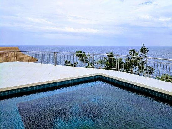 Pinnacle Koh Tao Resort: View from resort