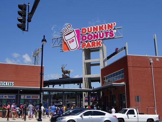 写真Dunkin' Donuts Park枚