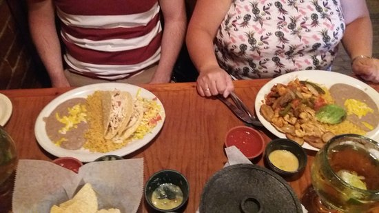 Chelinos Mexican Restaurant: THE BEST MEXICAN MEAL