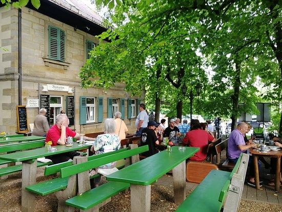 Wernsdorf, Duitsland: Der Keller