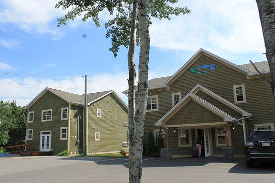 Riverwood Inn รูปภาพ