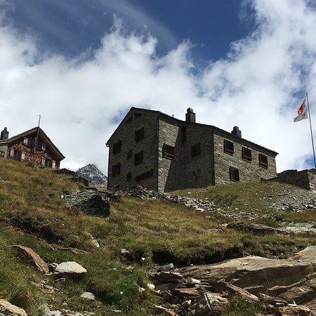 Simplon, Switzerland: Buon servizio e panorami mozzafiato!