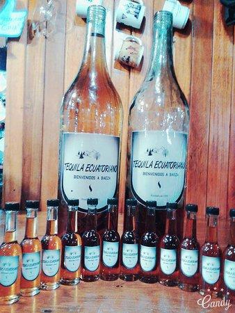 Baeza, Ecuador: Tequila Ecuatoriano un aperitivo gratuito para nuestros turistas
