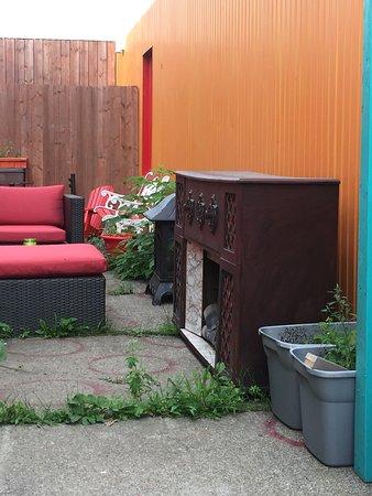 Saint-Fabien, Canada: Faux Foyer rétro extérieur