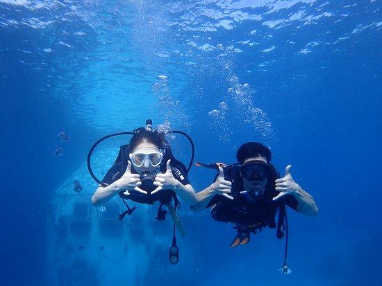 Asan, Mariana Islands: 透き通る海で浮遊感を満喫