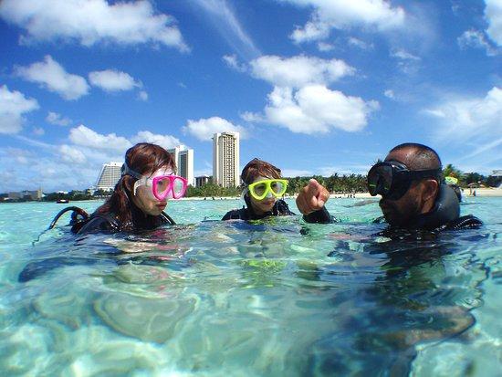 Asan, Mariana Islands: 経験豊富なスタッフがダイビングにご案内します